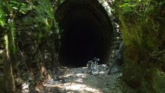 slavosovsky-tunel-01.jpg